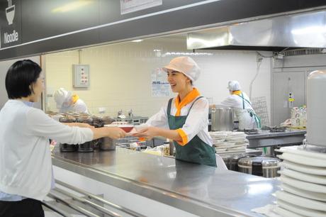 大手企業内の従業員食堂の調理補助スタッフを募集します!